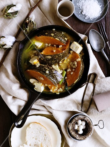 Fried pumpkin with goat's cheese and barley