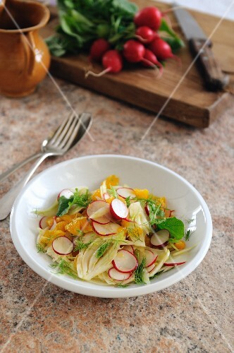 Fennel, radish and orange salad
