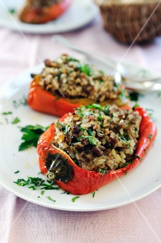 Roasted sweet bell pepper stuffed with beef mince and rice