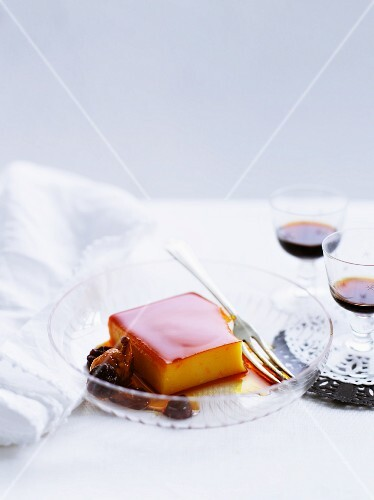 Crème caramel with dried fruit (Spain)