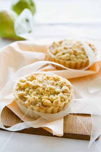 Marzipan and pear tartlets