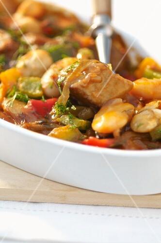 Pork goulash with white beans (Romania)