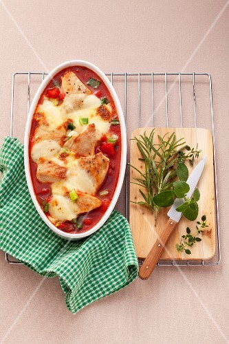 Chicken breast au gratin with peppers