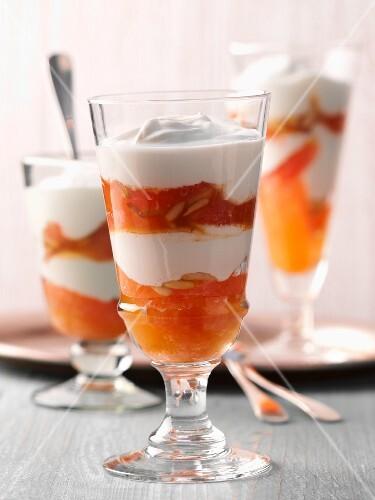 Layered grapefruit desserts