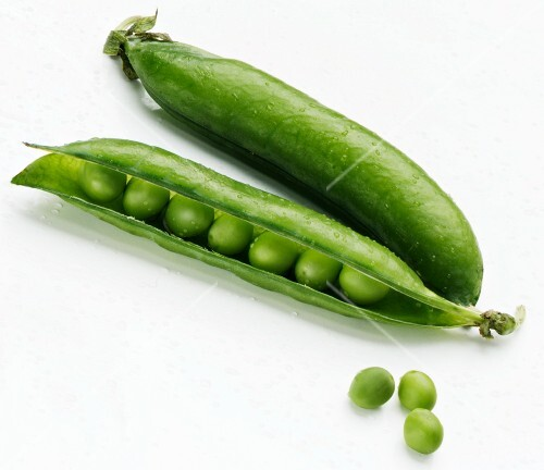 Two pea pods