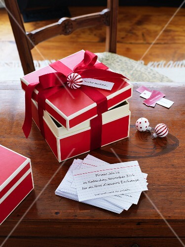 Invitation cards (for Christmas)