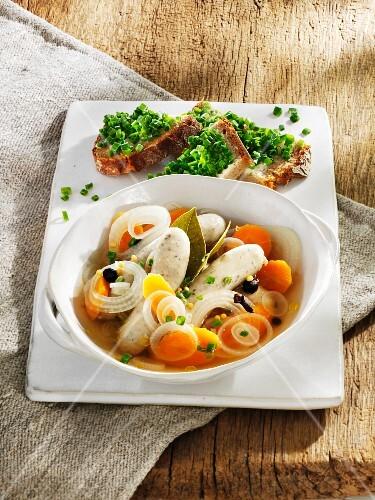 Saure Zipfel (Nuremberg sausages cooked in vinegar)