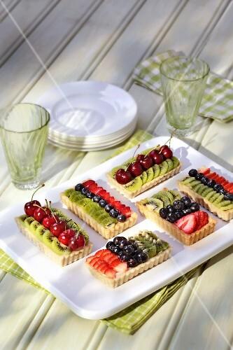 Various fruit tartlets