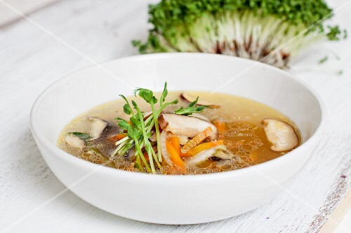 Broth with shiitake mushrooms
