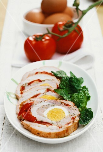 Rotolone siciliano (stuffed pork roulade with egg)