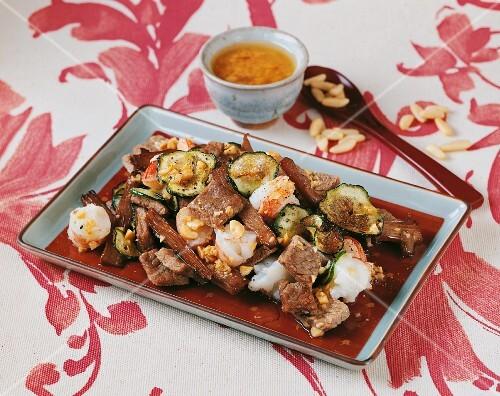 Beef salad with prawns (Korea)