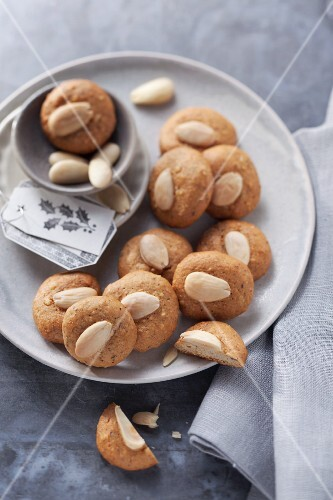 Mini Lebkuchen (spiced soft gingerbread from Germany) with almonds