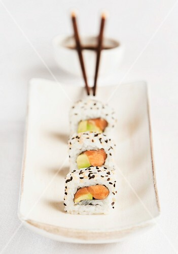 Three California maki