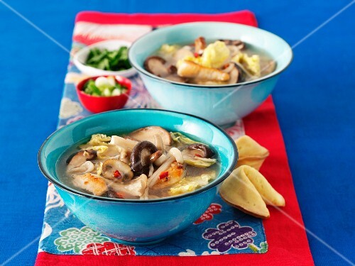 Soup with fried vegetables (Thailand)