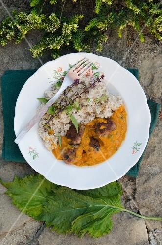 Shiso curry with bulgur
