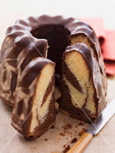 Marble BUndt cake with chocolate glaze