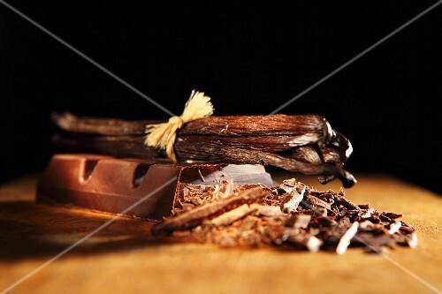 Vanilla pods and chocolate