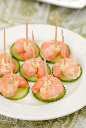 Cucumber and prawn canapes with mayonnaise