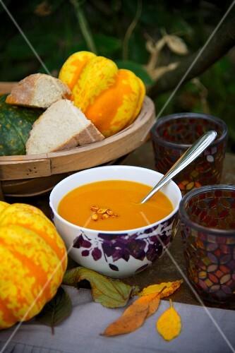 Squash soup and white bread