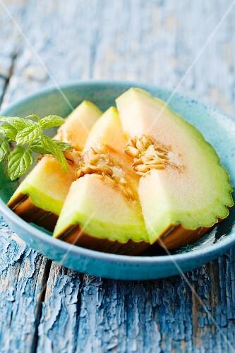 Honeydew melon slices