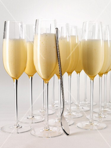 Champagne zabaione in champagne glasses