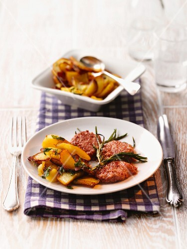 Gebreedelde (fried potatoes, Palatinate) with liver sausage