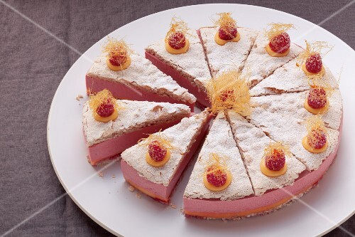 Himbeermousse-Torte ohne Gluten