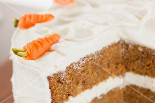 Karottenkuchen mit Frischkäsecreme (USA)