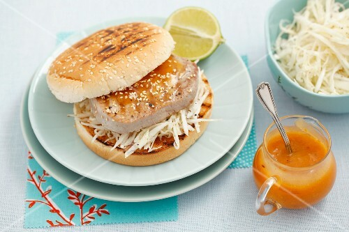 Tuna burger with white coleslaw and mango mayonnaise