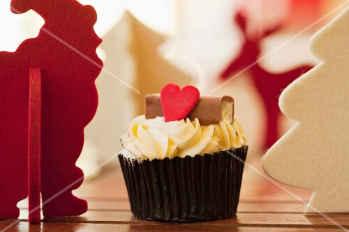 Christmassy cupcake with a red heart