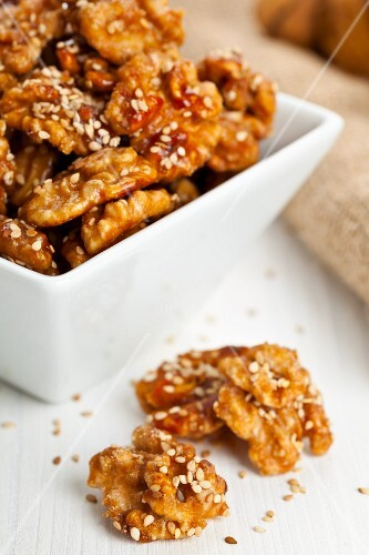 Candied walnuts with sesame seeds