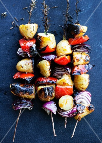 Grilled vegetable kebabs with rosemary