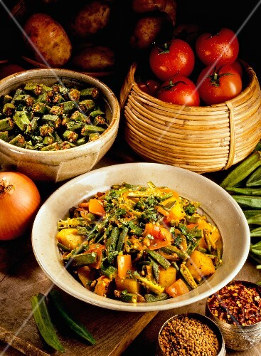 Aloo bhindi (potato and okra curry, India)