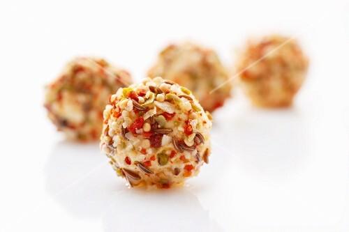 Tangy cream cheese balls (close-up)