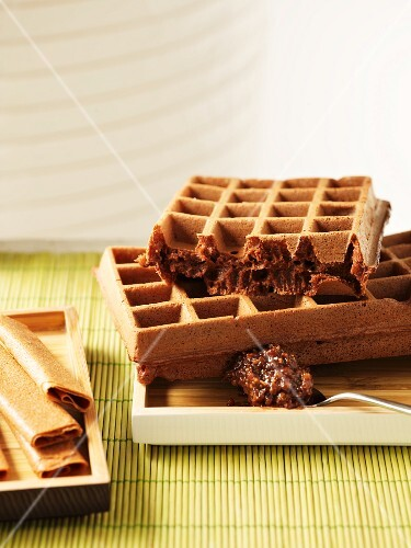 Waffles with nougat and nut brittle