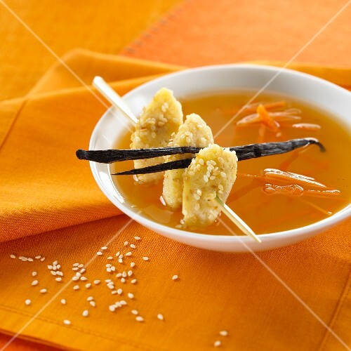 Soup with carrots, vanilla and sesame