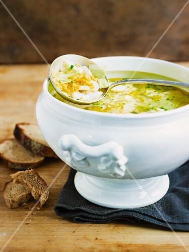 A stew with zander (pike-perch) and Jerusalem artichoke