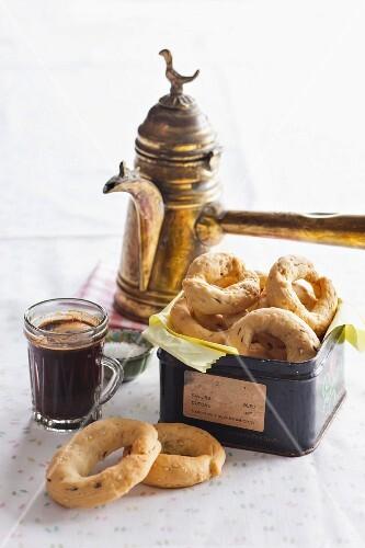 Ägyptische Kekse und Kaffee