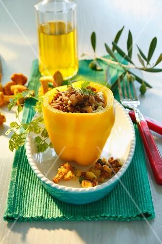 Peperone ai finferli (a yellow pepper stuffed with mushrooms)