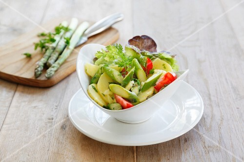 Potato and asparagus salad with chervil
