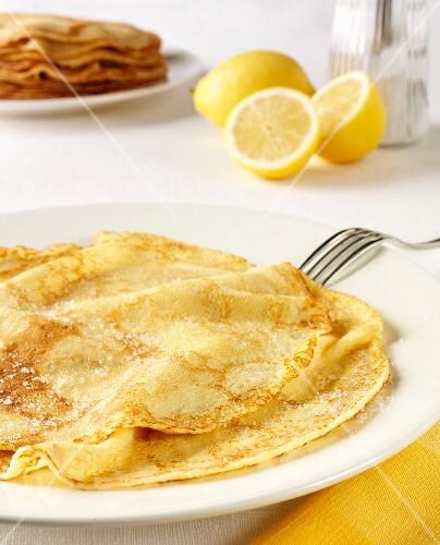 Pancakes with lemon and sugar