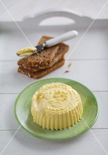 Shaped home-made butter