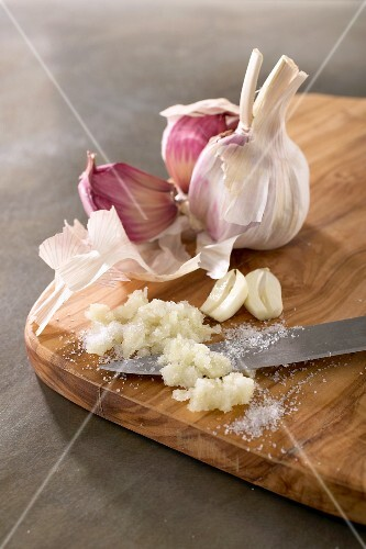 Garlic, partly chopped with salt