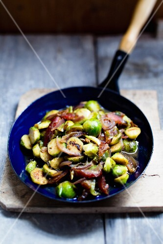 Brussels sprouts with dates and red onions