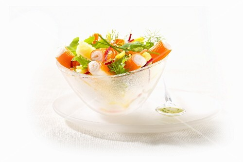 Surimi salad with dill