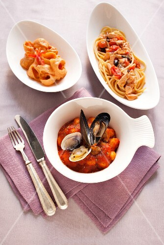 Spaghetti with leek sauce, bucatini with ricotta cream, and gnocchi with shellfish