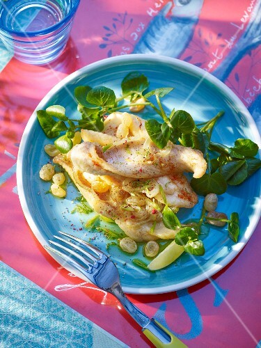 Pan-fried fillets of sole with watercress