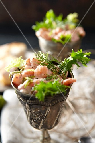 Prawn cocktail with dill