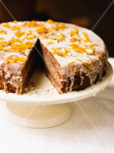 Spice cake with oranges and sugar glaze