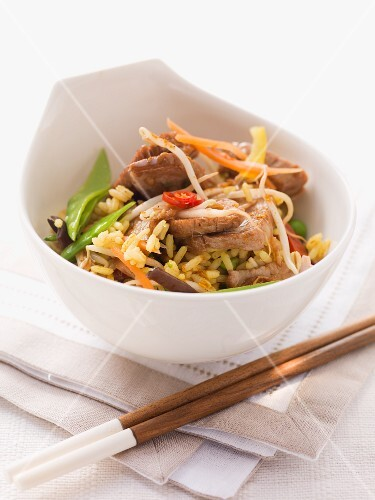 Fried rice with pork and vegetables (Asia)